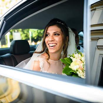 Italian Wedding Images: La sposa si fa sempre un po' attendere ma quando arriva è un momento indimenticabile.