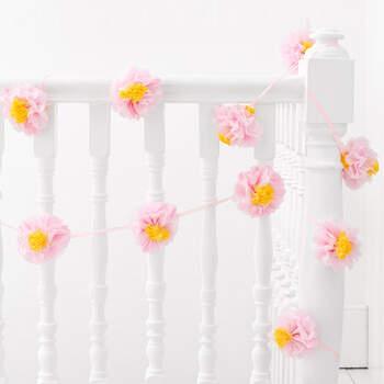 Guirnalda de flores de papel- Compra en The Wedding Shop