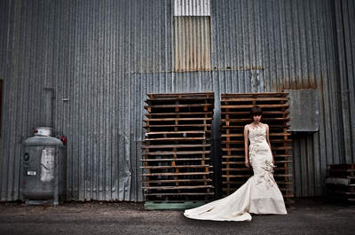 3 Inspirational Ideas For Creating An Industrial Chic Wedding