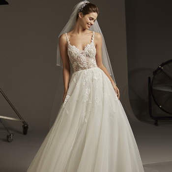 Juliet B, Pronovias