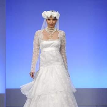 Robe de mariée en dentelle collection 2013 de Cymbeline. Source : marieclaire.fr