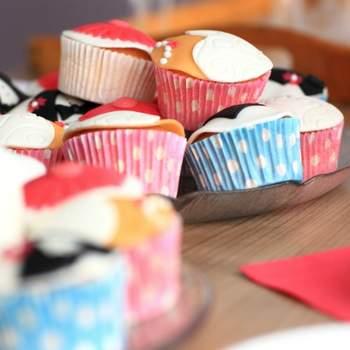 Douceurs sucrées délicieusement enveloppées. Pois et couleurs, une belle association pour un dessert de mariage. Source : bestshot.nl