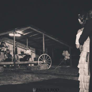 Wyjątkowy klimat wiejskiego wesela, którego nie doświadczycie na eleganckiej sali weselnej.