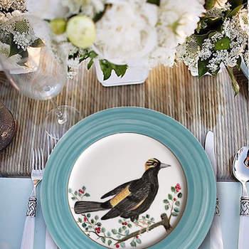 Platos con pájaros pintados a mano. Credits: Zarraluqui