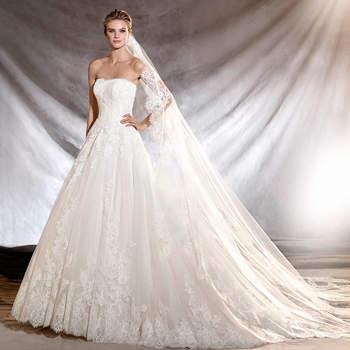 aebeb445126a I 50 abiti da sposa più belli della collezione Pronovias 2017