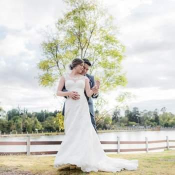 "<a href=""https://www.zankyou.com.co/f/carlos-lengerke-wedding-photographer-404170"" target=""_blank""> Carlos Lengerke</a>"