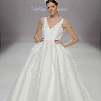 Foto: Cristina Tamborero. Credits_ Barcelona Bridal Fashion Week