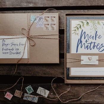 Einladungen, Karten, Wegweiser & mehr von Frese Edeldesign