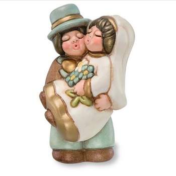 Sposini abbracciati maxi