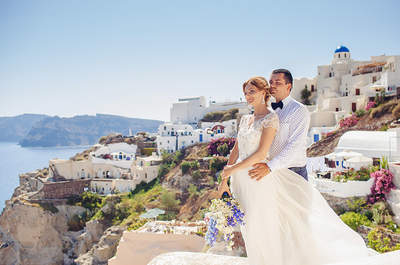 Солнечная свадьба Елены и Дениса на Санторини