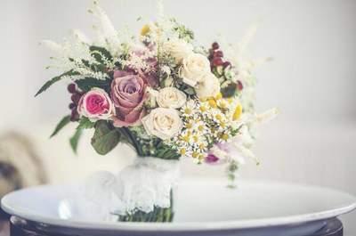 Cómo combinar tu vestido de novia con el ramo de flores
