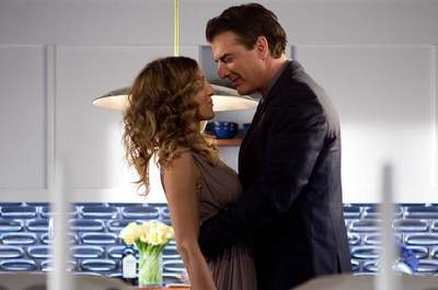Sarah Jessica Parker and Chris Noth in the film Sex and the City 2 (2010)