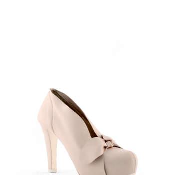 """Escolhemos os nossos sapatos de noiva preferidos preferidas da colecção Rosa Clará 2013.  <a href=""""http://zankyou.9nl.de/k3g6"""">Descubra a nova colecção 2015 de Rosa Clará</a>"""