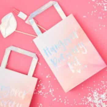 Hangover Kit De Récupération Sacs Bride Tribe 5 Pièces - The Wedding Shop !