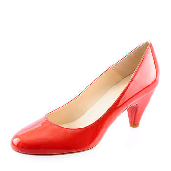 Escarpins rouges vernis. - Source : Prima Moda