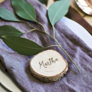 Marcasitio tronco de madera 6 unidades- Compra en The Wedding Shop