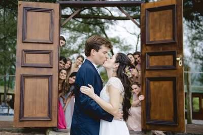 Patricia & Daniel: casamento vintage-rústico MÁGICO entre o mar e a natureza!