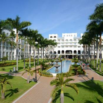 "<a href=""https://www.zankyou.com.mx/f/riu-hotels-resorts-vallarta-9863""> Foto: Riu Hotels and Resorts Puerto Vallarta </a>"