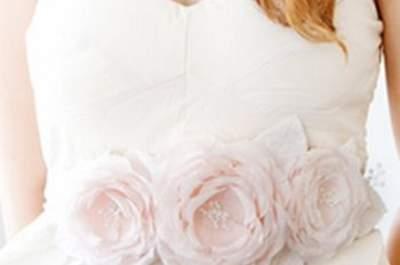 Blassrosa Braut-Accessoires für die Frühlingshochzeit 2013