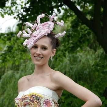 A White Gallery decorreu em Londres de 20 a 22 de Maio de 2012, apresentando as últimas novidades e tendências em moda para noivas. E também algumas excentricidades, como estes vestidos de noiva e acessórios em... açúcar!