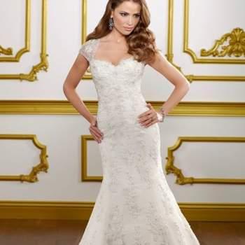 Escolher o vestido de noiva ideal é uma tarefa difícil e se você, assim como muitas noivas, é apaixonada por rendas vai se encantar com estes vestidos Mori Lee da coleção 2013.