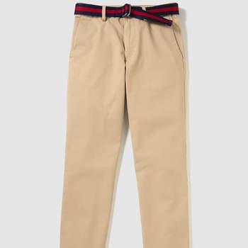 Pantalón de niño en beige. Credits: Polo Ralph Lauren
