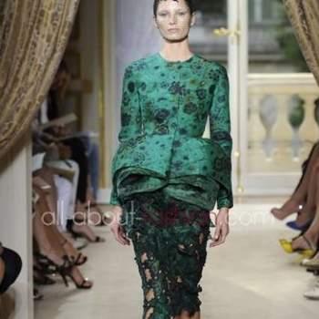 Convidadas modernas e ousadas vão adorar esta coleção de vestidos Giambattista Valli 2013.