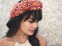 Bruidskapsels met bloemenkrans 2017!