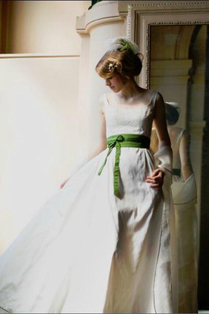 Robe de mariée Zélia sur la Terre comme au Ciel, modèle Bovary