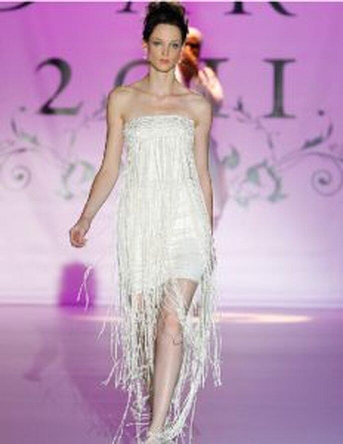 Novia d´Art 2011 - Kurzes Kleid, lange Fransen bis Knöchel