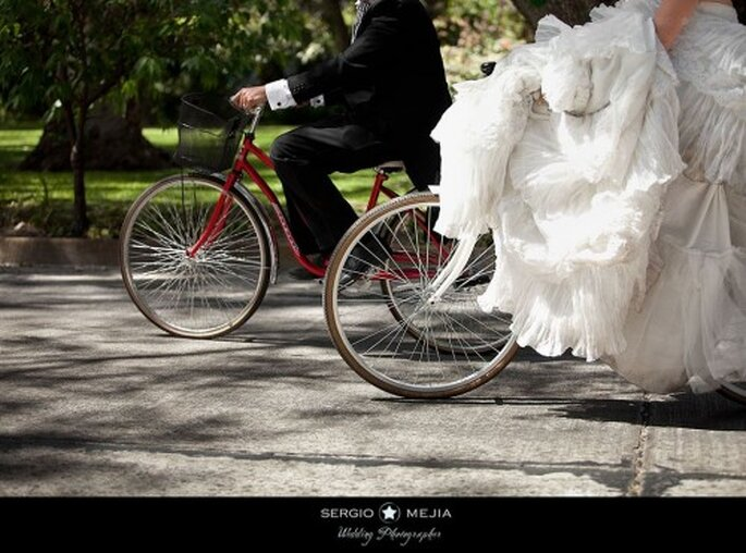 Trash the  Dress en bicicleta. Foto de Sergio Mejia