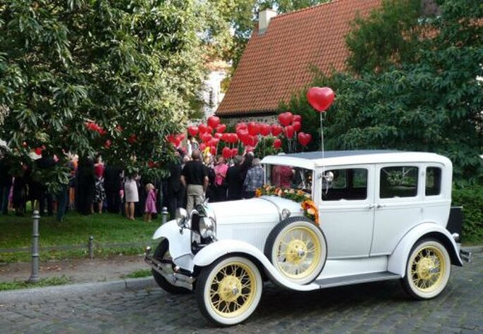 Oldtimer als Hochzeitsauto, Foto: Brautwagen.de