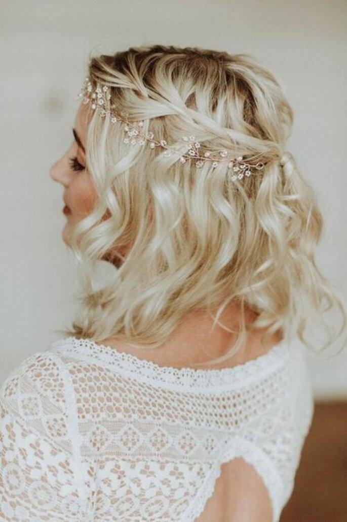 coiffures de mariage pour cheveux courts : soyez belle