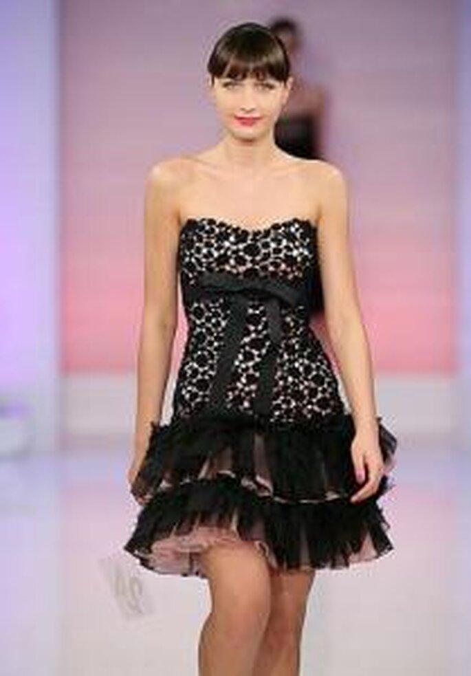 Cymbeline 2009 - Vestido corto de encaje negro con escote en corazón sin breteles