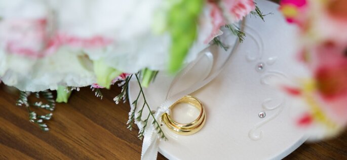 Alianças de casamento modelo tradicional