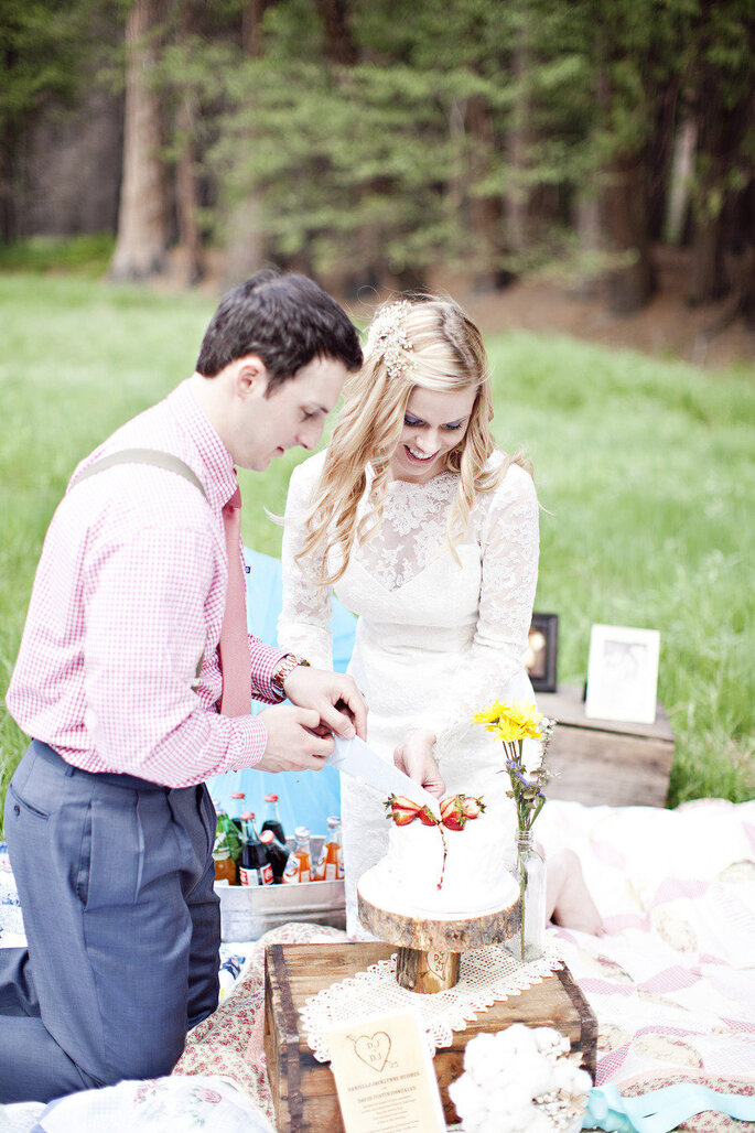 Boda picnic -  Brooke Beasley Photography