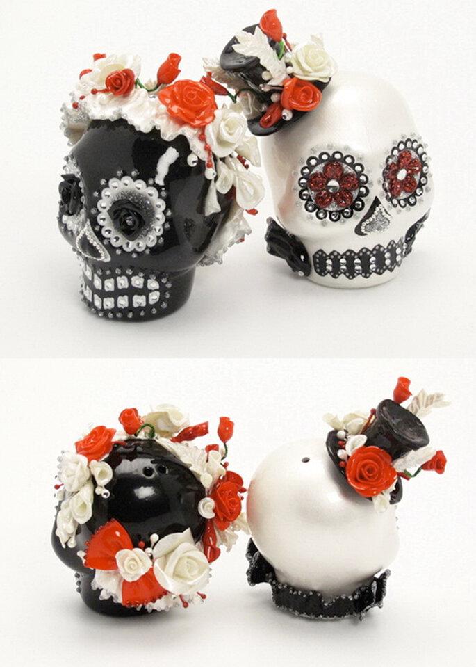 3 Prunkvoll verzierte Totenköpfe - die wohl eher rockige Variante