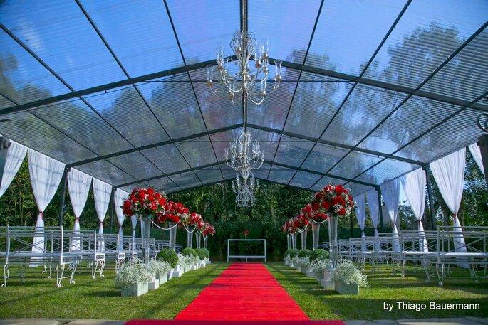 Espaços preparados para receber 350 convidados
