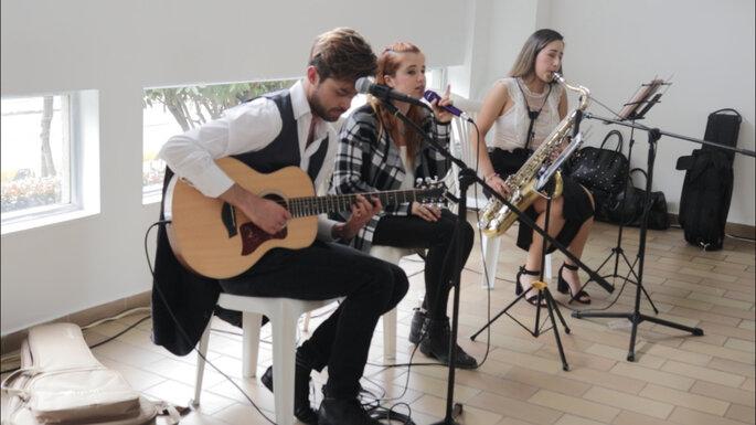 Housic Entretenimiento músicos para boda