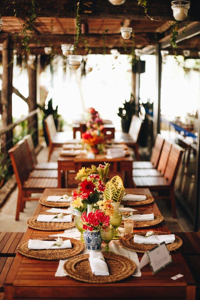 Decoração: Beach Flowers - Fotografia: Beach Style Weddings