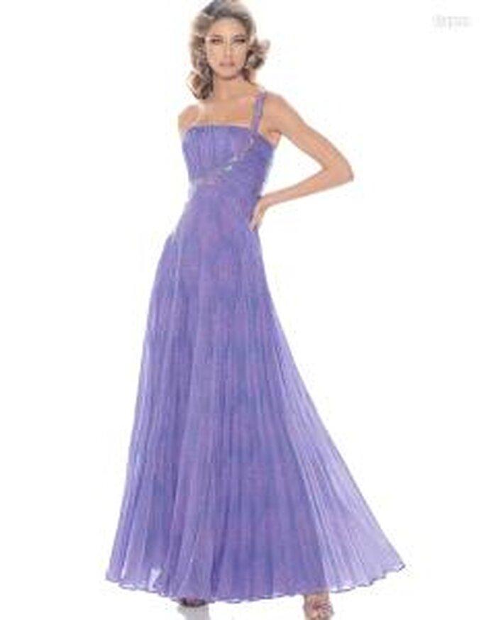 Pronovias Cóctel 2010 - Algarve, vestido largo violeta, escote transversal, tirante en pedrería