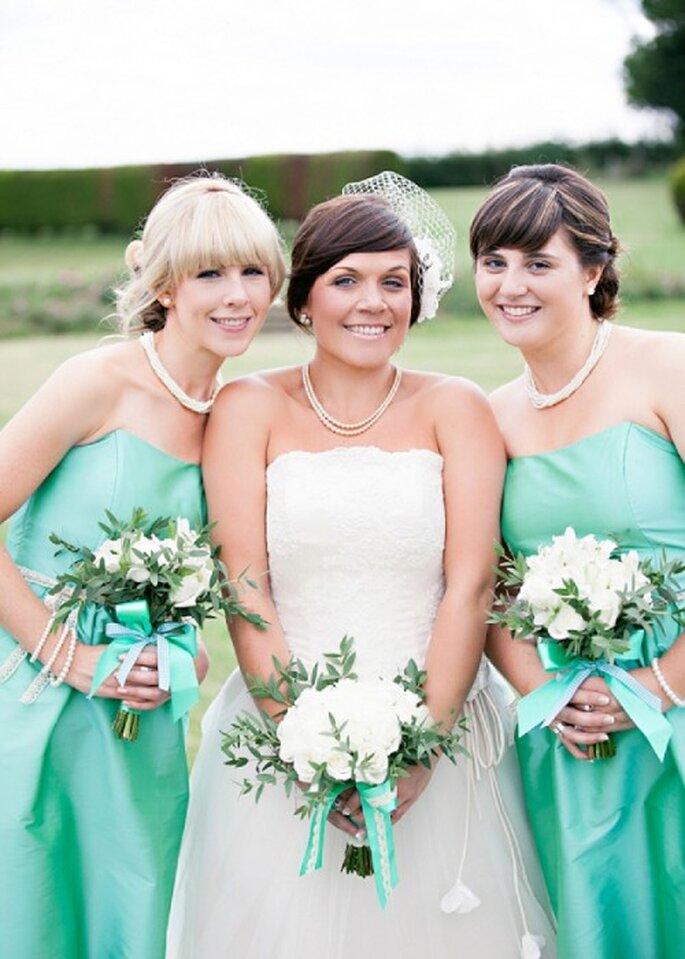 Vestidos para tus damas con diseños diferentes en color menta - Foto HBA Photography