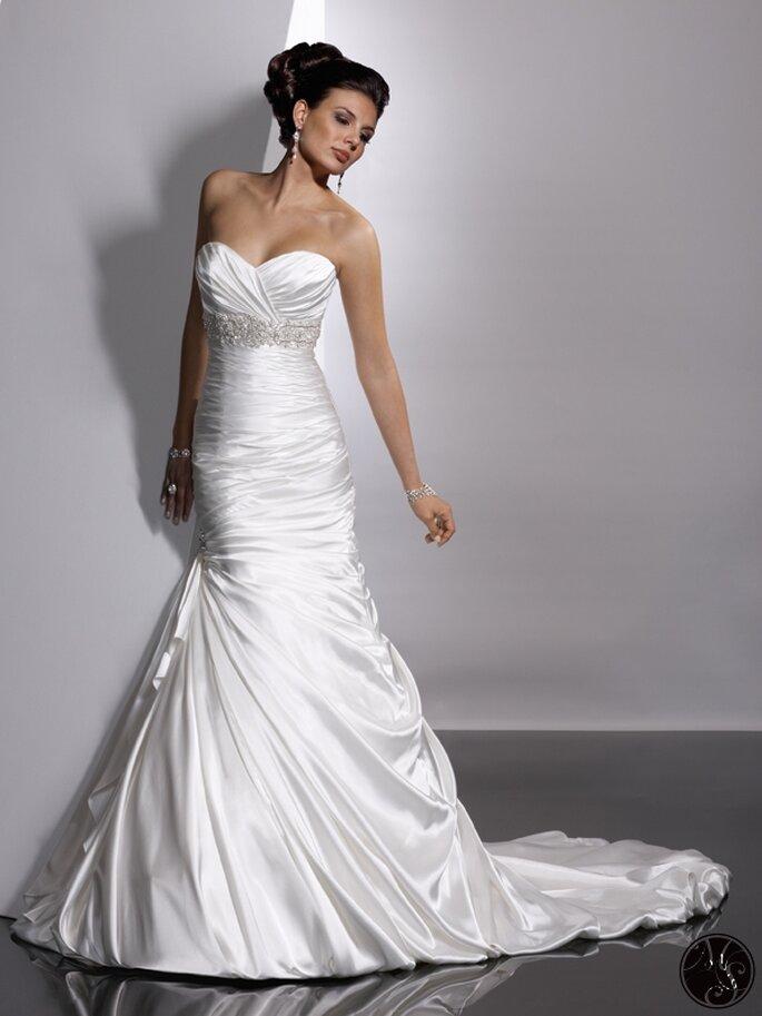 церемонии было свадебное платье лебединый фото также