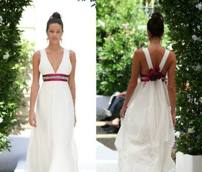 3b9f85356e2d Abiti da sposa. Salvare Mariella Burani Collezione Sposa 2010