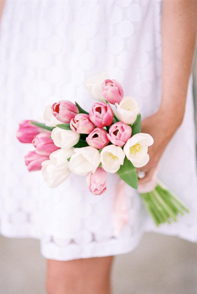 decoración con tulipanes -Lisa Dolan Photography