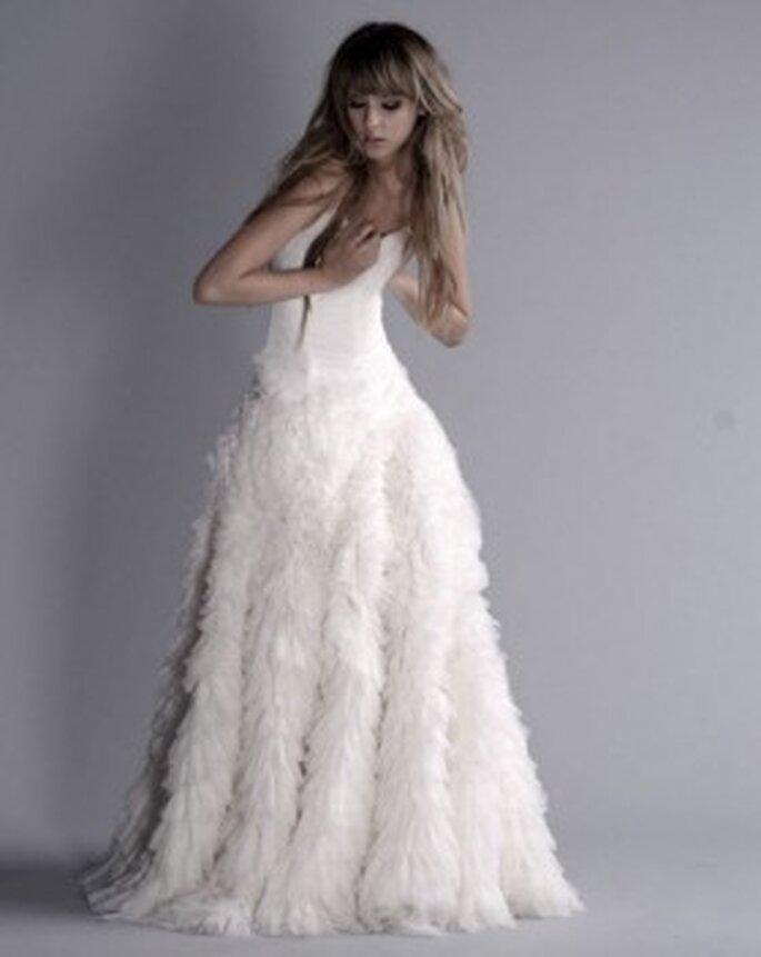 suknia ślubna z piór