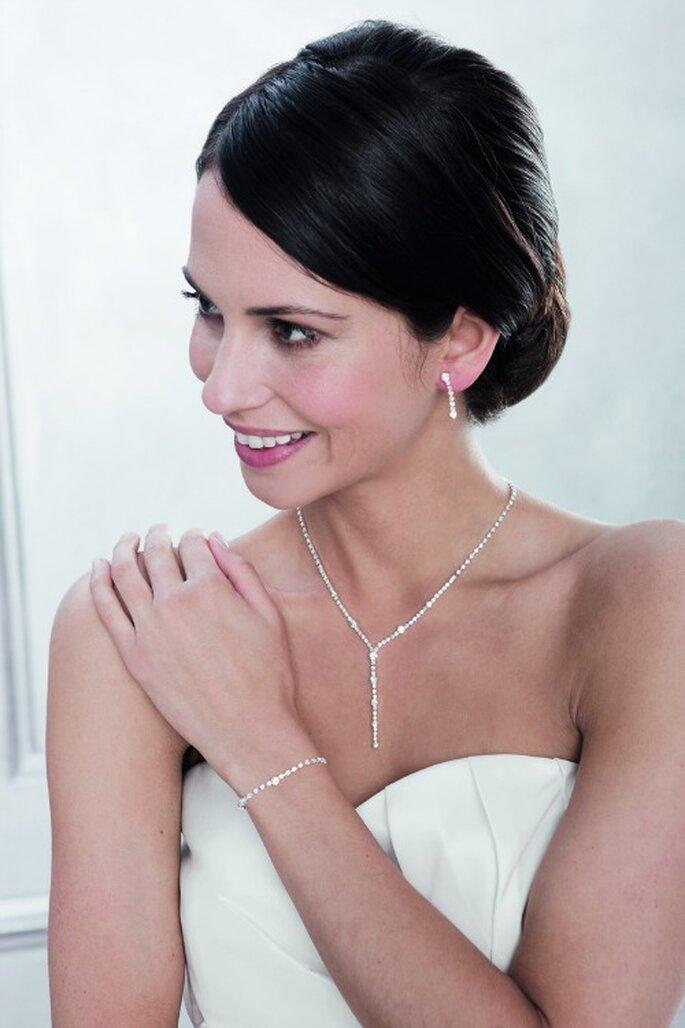 Autour du mariage: vos accessoires de mariage à portée de clic! Photo: Autour du Mariage.