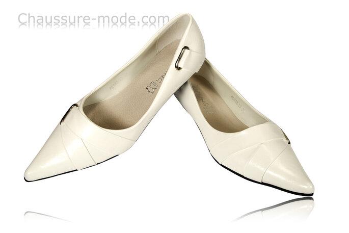 Chaussures à bout légèrement pointu (chaussure-mode.com)