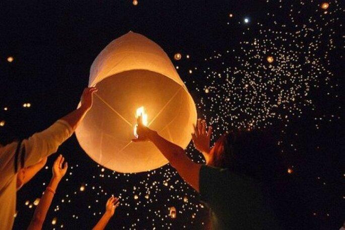 Des lanternes de mariage originales, festives et biodégradables ! - Photo : Lanterne Mariage