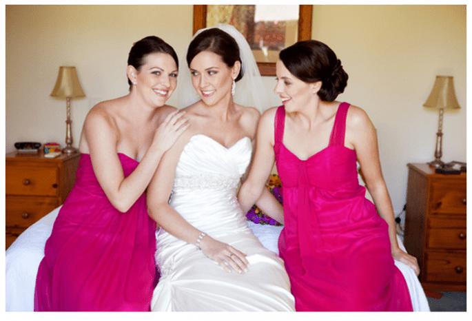 Vestidos para damas de boda en tendencia - Foto Naomi V Photography